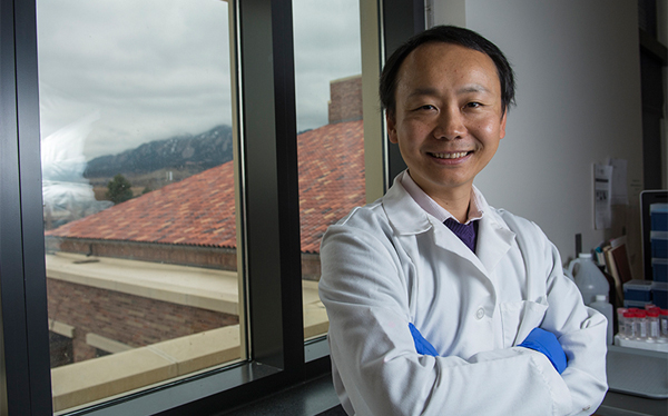 BioFrontiers' Yin seeks drug that can stop inflammation in nervous system