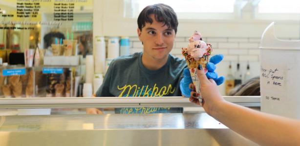 Top 5 Ice Cream Shops Close To Campus