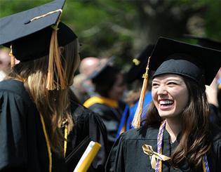 College of Nursing program ranked in top 10 by U.S. News