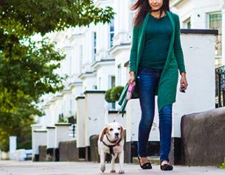 Study: To keep pounds off, consider walking the dog