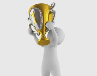 Nominate a top leader for the Excellence in Leadership Award