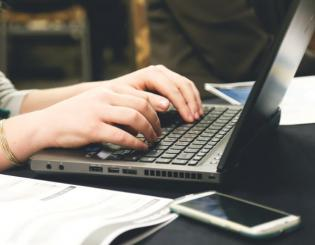 Online education plan gains momentum