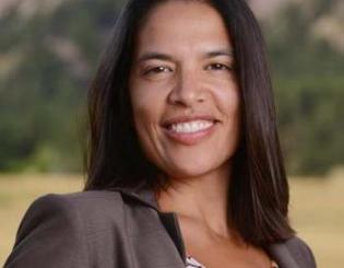Chapin wins Polly Baca Raíces Fuertes Community Leader Award