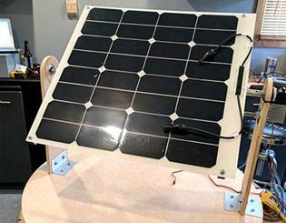 Students create self-powered, moving solar panel that produces clean and efficient energy