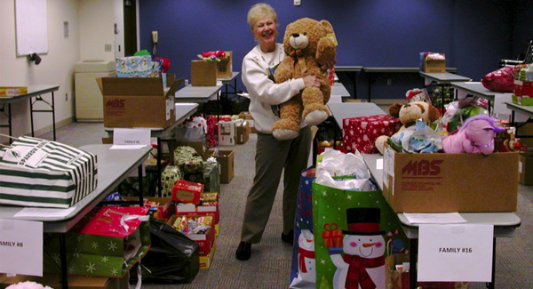 Campus generosity brightens holidays for 26 families