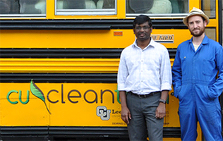 Topsy Turvy Bus gets STEM wheels rolling for students