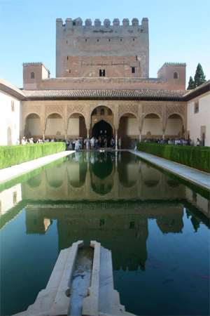 The Alhambra is among the site visits for students.
